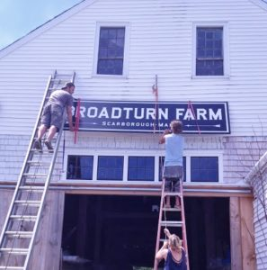 long-barn-sign-going-up-9-13